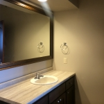 One Willow Creek Willow Oak Apartment Bathroom